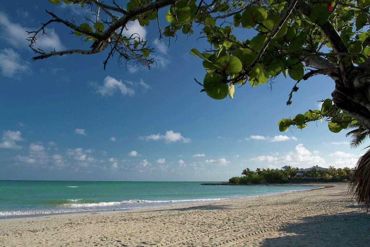 3) Playa Paraiso Cayo Largo, Cuba