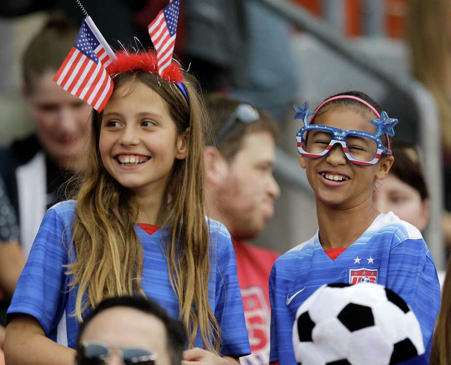 Fans are shown during the U.S. and Canada team introductions at the  CONCACAF Olympic women's soccer qualifying championship final at BBVA Compass Stadium Sunday, Feb. 21, 2016, in Houston. Photo: Melissa Phillip, Houston Chronicle / © 2016 Houston Chronicle