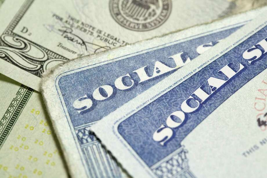 When you count rights to income — such as the virtual wealth of Social Security — the effective wealth and lifetime spending power can change radically. Photo: Getty Images / (c) Nick M. Do