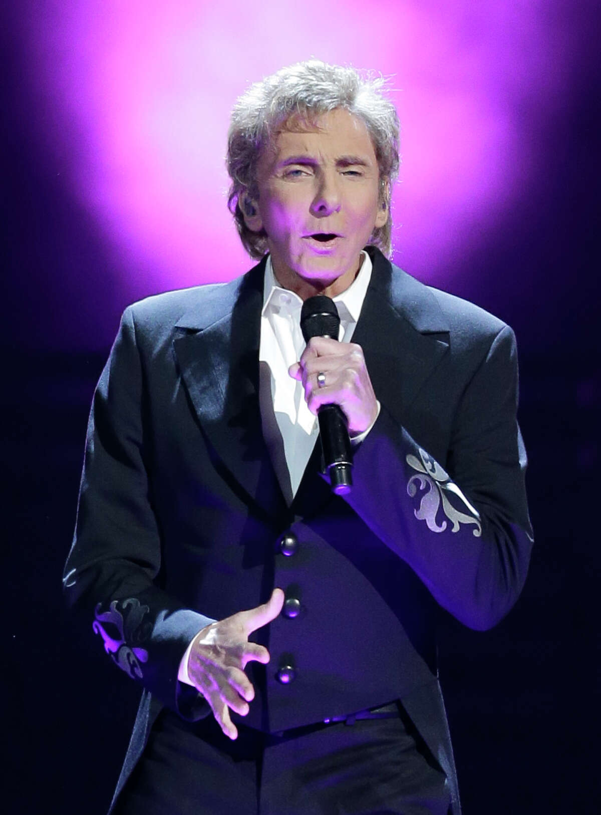 Barry Manilow performs at the Toyota Center, 1510 Polk, Wednesday, Feb. 17, 2016, in Houston.