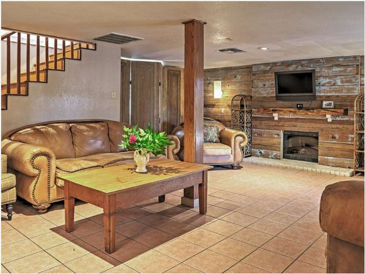 1.Guadalupe River Lodge Avg. nightly rate: $1213 Sleeps: 30