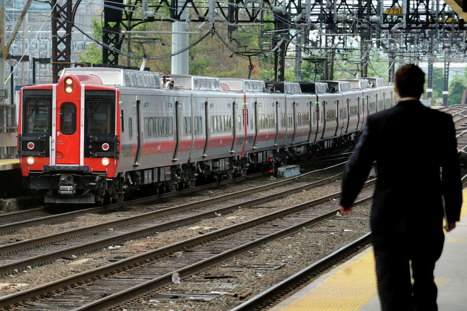 An M8 Metro-North train pulls into the Bridgeport station in this file photo. Metro-North said Monday it had posted the best mechanical performance in the history of its rail cars, thanks in large part to the reliability of the new M8 cars. Photo: Ned Gerard / Ned Gerard / Connecticut Post
