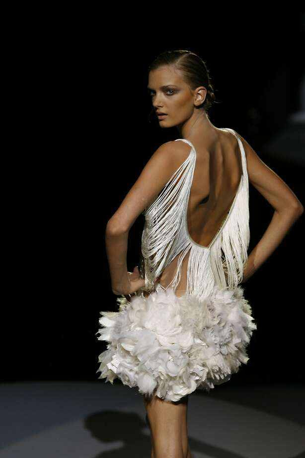 A very thin model turns on the runway at the Zac Posen spring 2007 fashion show, Sept. 14, 2006, in New York. Photo: Stuart Ramson, AP