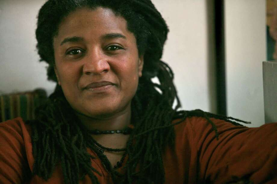 Distinguished American dramatist Lynn Nottage is the winner of this year's Susan Smith Blackburn Prize.   (AP Photo/Bebeto Matthews, File) Photo: Bebeto Matthews, STF / AP