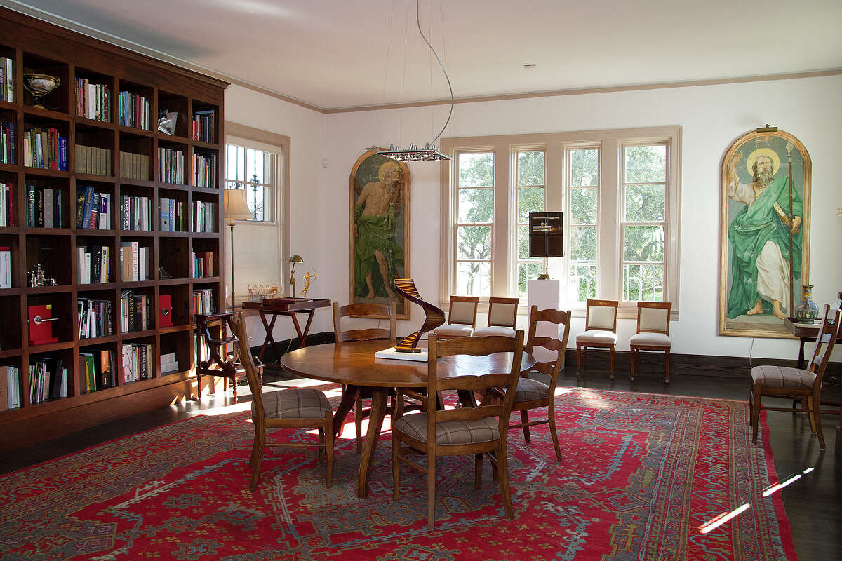 Leland Stone's library. He had bookshelves built to go where they used to be when the building was the old Roosevelt Library.