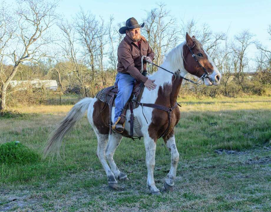 Wagon boss relishes annual Texas trail ride - Houston ...
