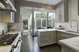 1638 Banks  : $875,000 / 1,805 square feet