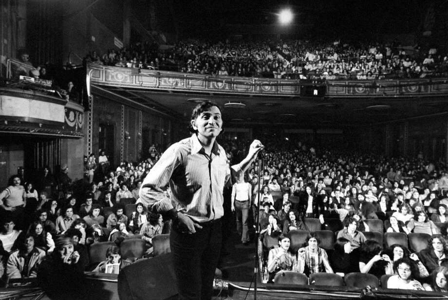 Concert promoter Bill Graham onstage before the final show at the Fillmore East in New York, Jan. 1, 1971. Photo: John Olson