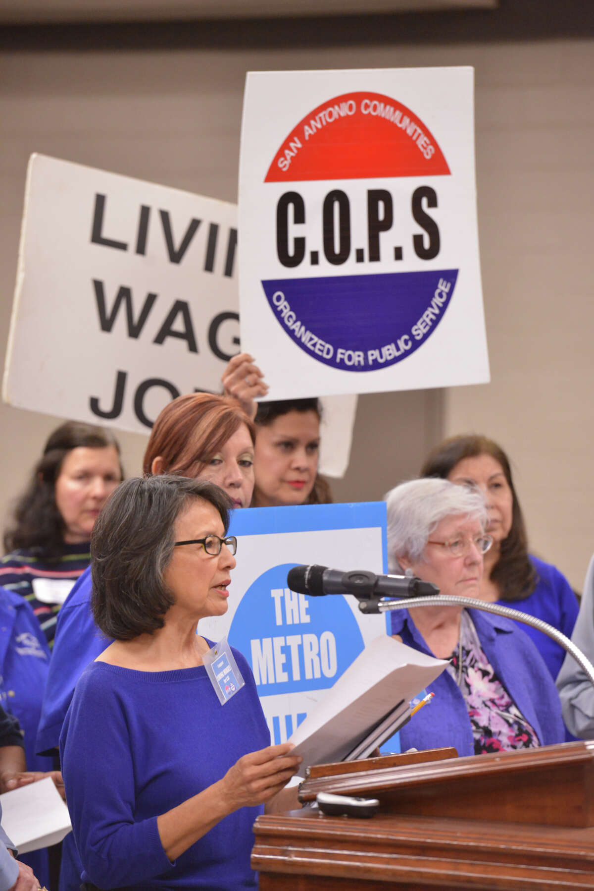 Maria Tijerina of the Community Organized for Public Service (COPS) and METRO Alliance speaks during an SIASD Board meeting in support of SAISD district staff receiving a living wage.