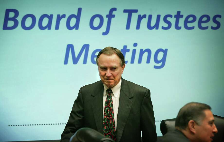 CPS Energy board chairman Ed Kelley confirmed Tuesday that the finalist for CEO of the utility withdrew from consideration. Photo: Bob Owen /San Antonio Express-News / San Antonio Express-News