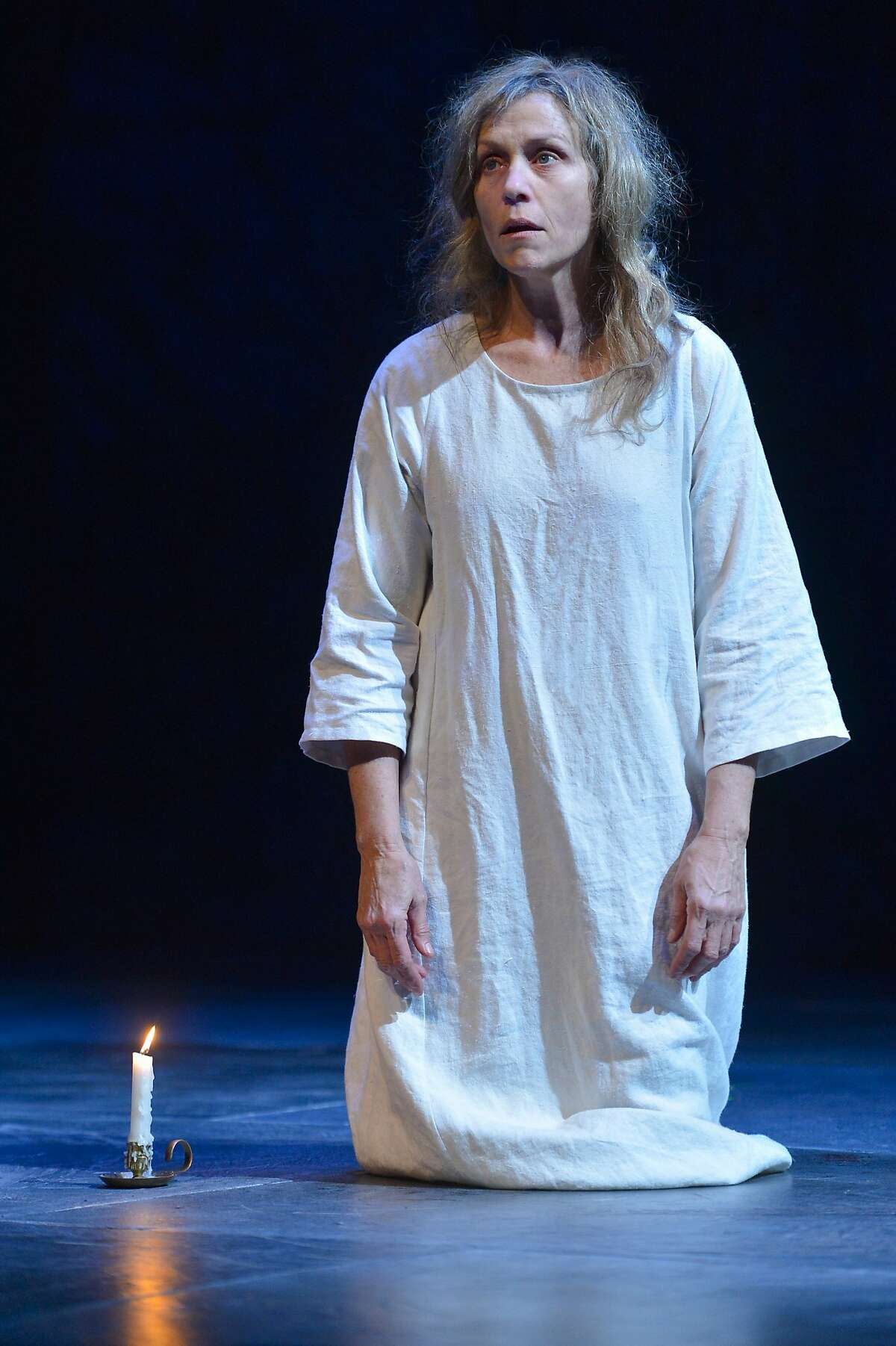 Lady Macbeth (Frances McDormand) walks and talks in her sleep in