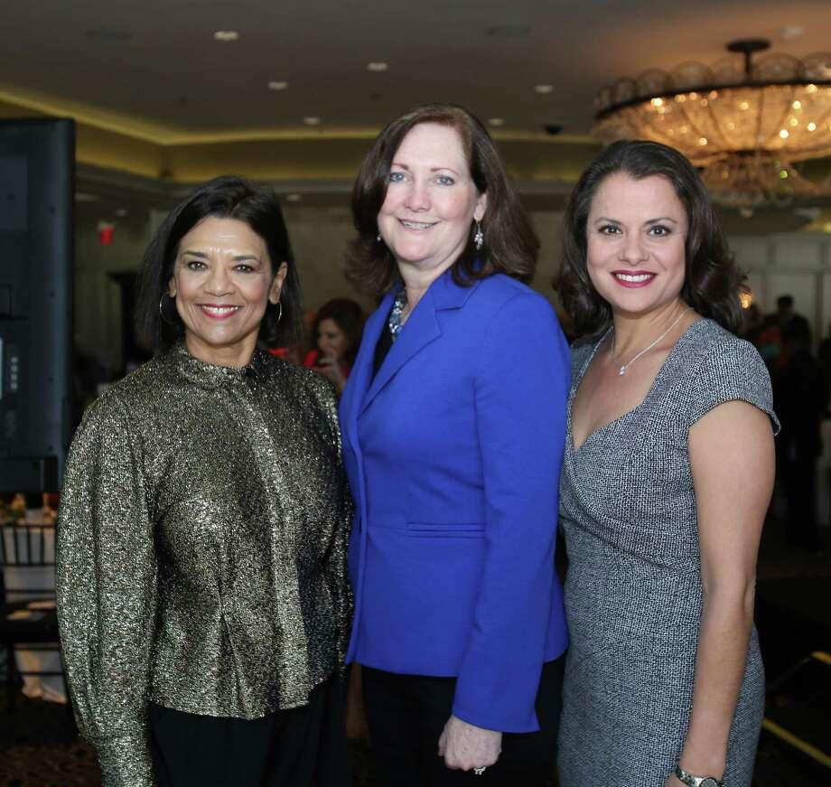 Sonia Manzano, Diane Englet, and Marcie Mir Photo: Amber Elliott, Houston Chronicle / © 2016  Houston Chronicle
