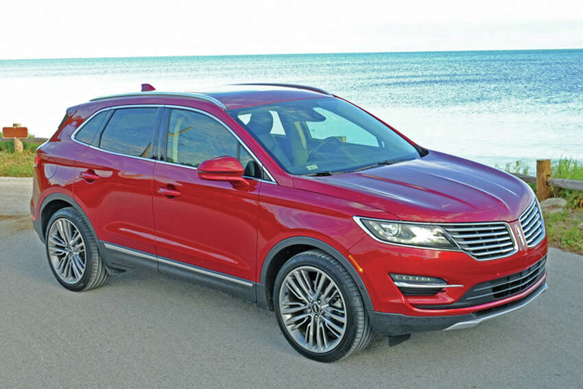 2016 Lincoln MKC (photo © Dan Lyons ? All rights reserved)