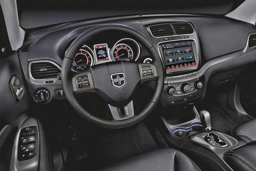 2016 Dodge Journey Crossroad Plus AWD (photo courtesy Fiat Chrysler Automobiles)