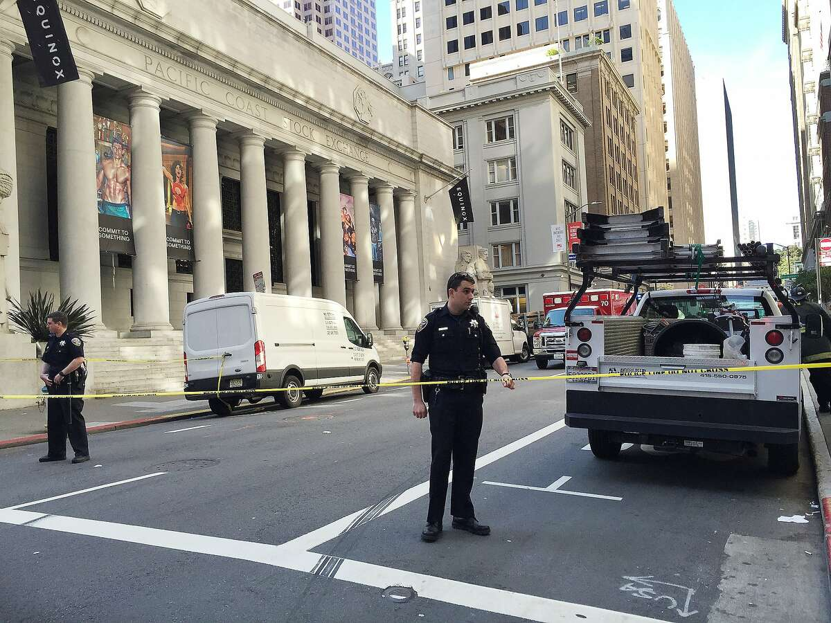 Police blocked off part of Pine Street in San Francisco's Financial District Wednesday morning to investigate a suspicious package.