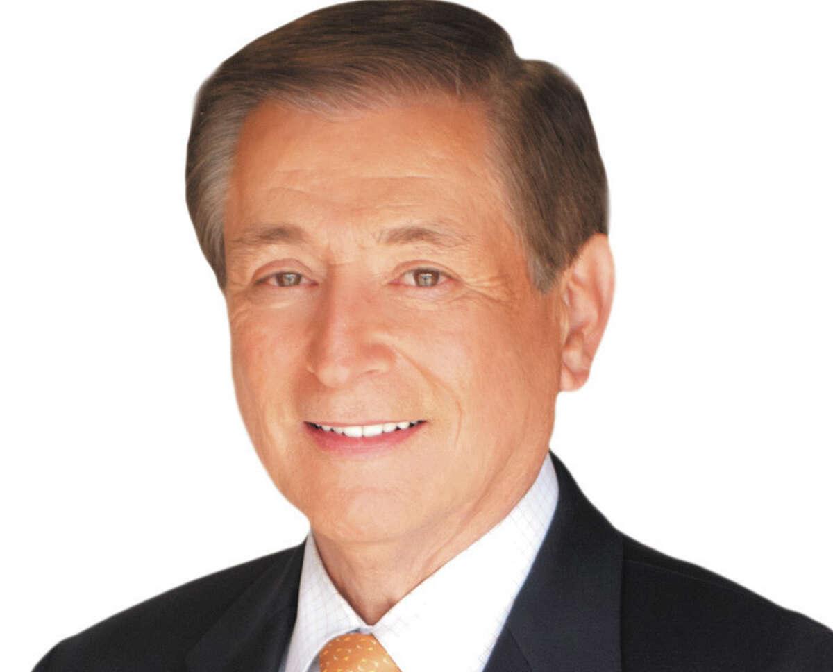 KENS-TV anchorman Fred Lozano