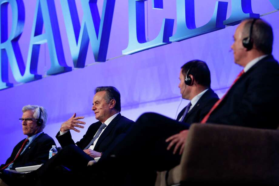 Mexico's energy secretary, Pedro Joaquín Coldwell, second from left, speaks during a session on natural gas. Photo: Michael Ciaglo, Staff / © 2016  Houston Chronicle