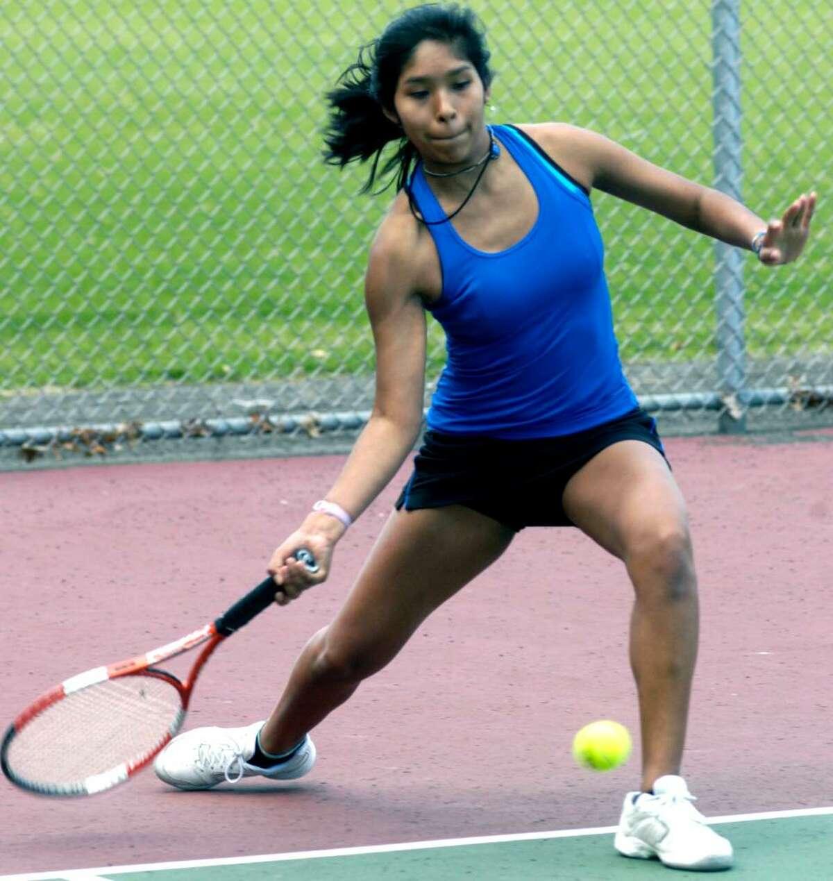 SPECTRUM/New Milford High School girls' tennis Katie Neils April 2010