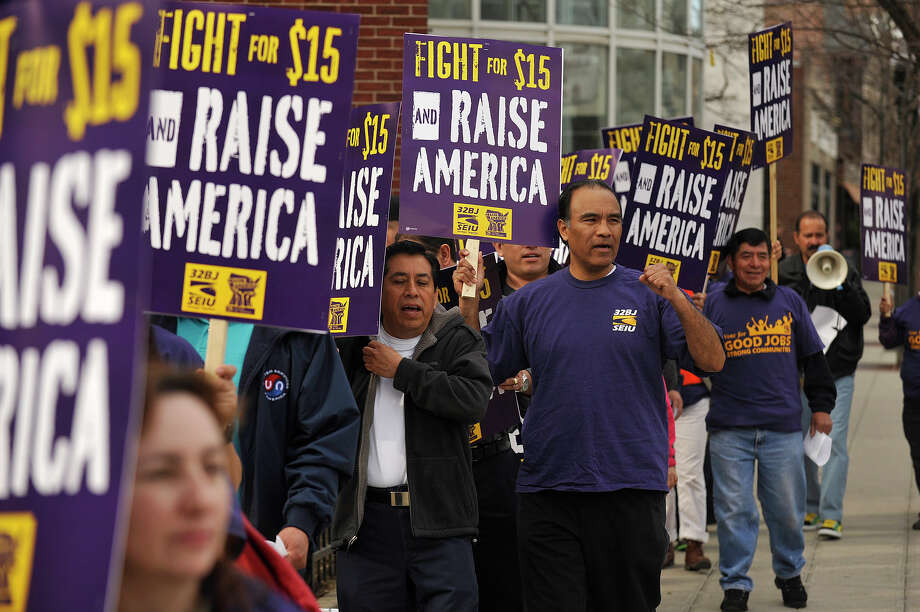 SEIU local 32BJ members rally in Stamford, Conn. in April 2015, a year when Connecticut unions gained 38,000 members according to new federal data. Photo: Jason Rearick / Jason Rearick / Stamford Advocate