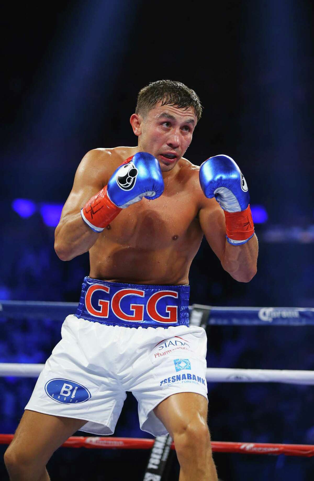 NEW YORK, NY - OCTOBER 17: Gennady Golovkin fights David Lemieux during their WBA/WBC interim/IBF middleweight title unification bout at Madison Square Garden on October 17, 2015 in New York City. (Photo by Al Bello/Getty Images) ORG XMIT: 567656971