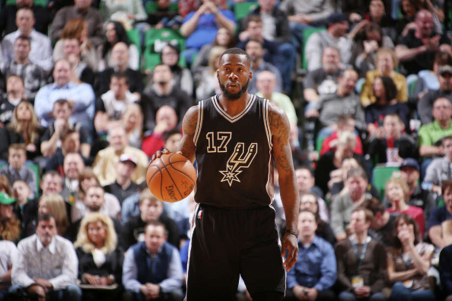 SALT LAKE CITY, UT - FEBRUARY 25:  Jonathon Simmons #17 of the San Antonio Spurs handles the ball against the Utah Jazz on February 25, 2016 at vivint.SmartHome Arena in Salt Lake City, Utah. NOTE TO USER: User expressly acknowledges and agrees that, by downloading and or using this Photograph, User is consenting to the terms and conditions of the Getty Images License Agreement. Mandatory Copyright Notice: Copyright 2016 NBAE Photo: Melissa Majchrzak, Getty Images / 2016 NBAE