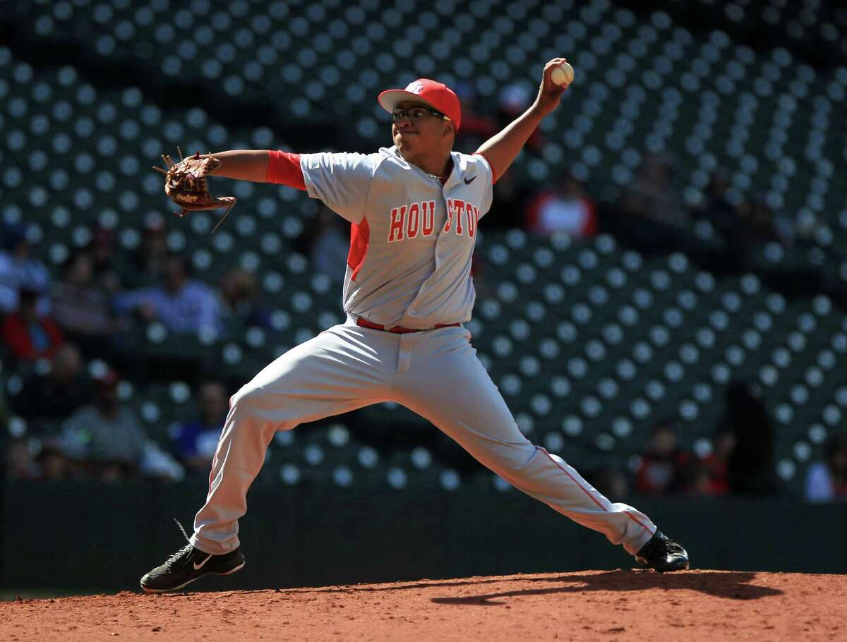 Houston pitcher Aaron Fletcher (41) pitches during the sixth inning of the Houston College Classic at Minute Maid Park Friday, Feb. 26, 2016, in Houston.