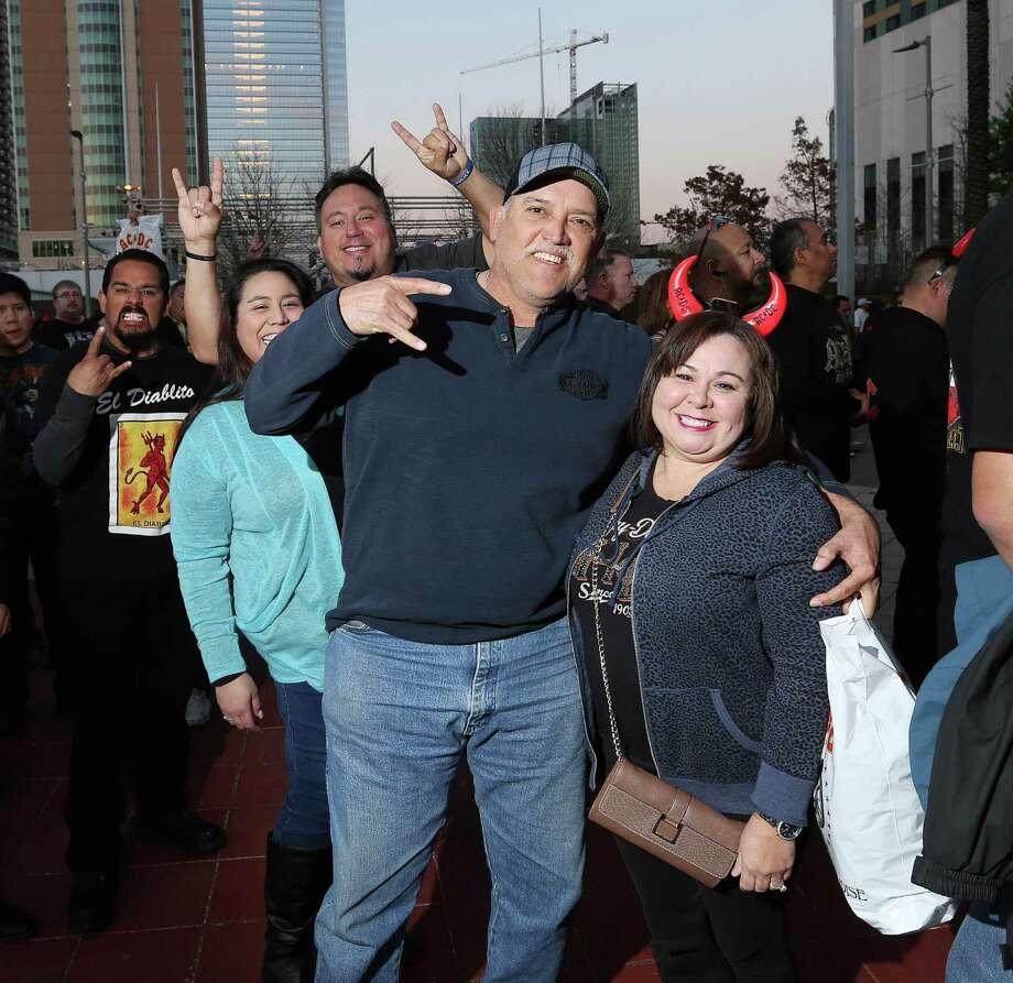 AC/DC fans at Toyota Center on Friday Photo: Jon Shapley, Houston Chronicle / © 2015  Houston Chronicle