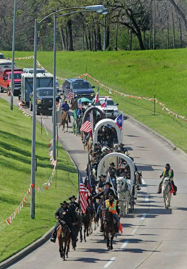 More than 3,000 riders saddle up for the Mission Trail Ride on Friday in Memorial Park on the last leg of their journey for an awards ceremony. Photo: Steve Gonzales / © 2016 Houston Chronicle