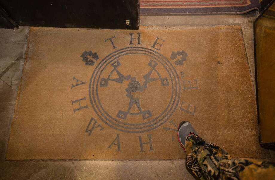 """The welcome mat at the Ahwahnee Hotel at Yosemite National Park on Friday, February 26, 2016 in Yosemite, CA. The new concessionaire for Yosemite National Park is Aramark which won a bid for the 15 year contact over current contractor Delaware North. Delaware North is claiming intellectual property rights which it purchased in 1993 for the names of several hotels, Curry Village, Badger Pass Ski Area area and the name, """"Yosemite National Parks."""" Signage will have to be changed or covered when Aramark takes over. The National Park Service and Aramark  have decided to rename the contested properties rather than pay the requested $50 million by Delaware North.The new concessionaire for Yosemite National Park is Aramark which won a bid for the 15 year contact over current contractor Delaware North. Delaware North is claiming intellectual property rights which it purchased in 1993 for the names of several hotels, Curry Village, Badger Pass Ski Area area and the name, """"Yosemite National Parks."""" Signage will have to be changed or covered when Aramark takes over. The National Park Service and Aramark  have decided to rename the contested properties rather than pay the requested $50 million by Delaware North. Photo: Tomas Ovalle, Special To The Chronicle"""
