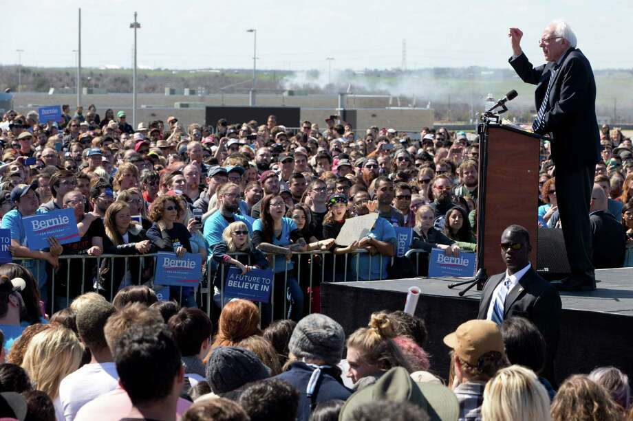 More than 6,000 supporters rallied at the Circuit of the Americas racetrack in Austin on Saturday to cheer on Democratic candidate Sen. Bernie Sanders.  Photo: Jacquelyn Martin, STF / AP
