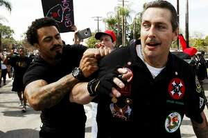 KKK members released after violent brawl at Anaheim rally - Photo