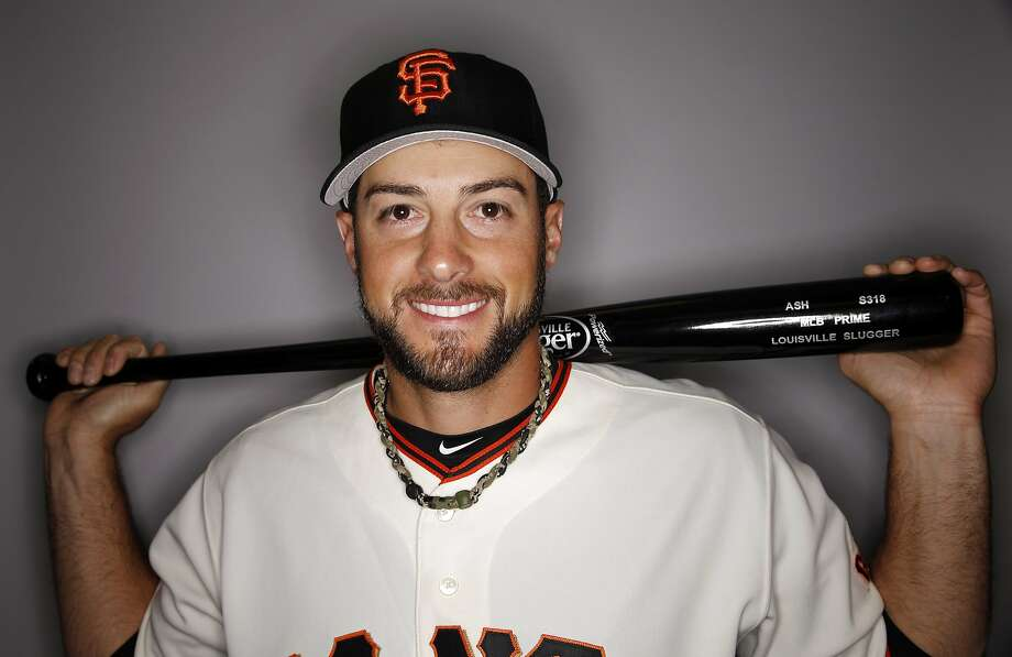 Giants reliever George Kontos, a Chicago native, is rooting against the Golden State Warriors as they look to break the Chicago Bulls' 72-win record. Photo: Morry Gash, Associated Press