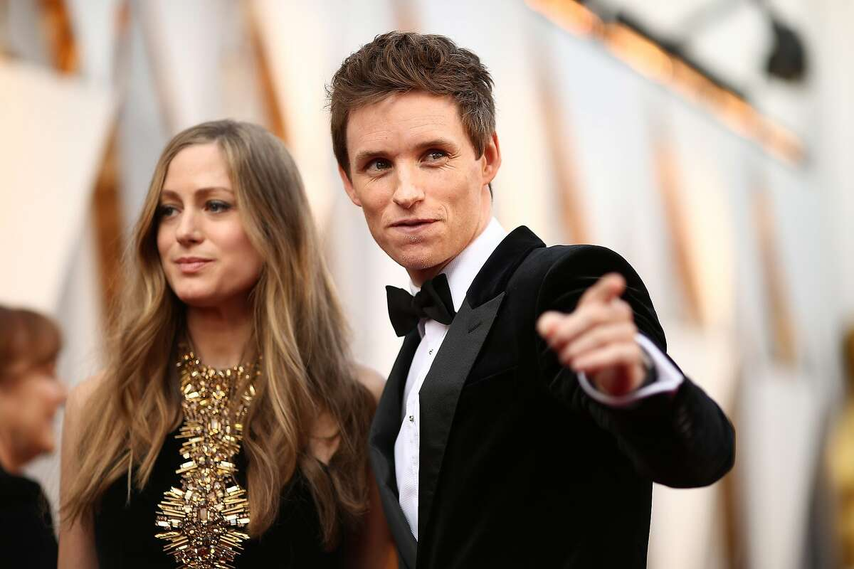 Hannah Redmayne (L) and actor Eddie Redmayne attend the 88th Annual Academy Awards at Hollywood & Highland Center on February 28, 2016 in Hollywood.