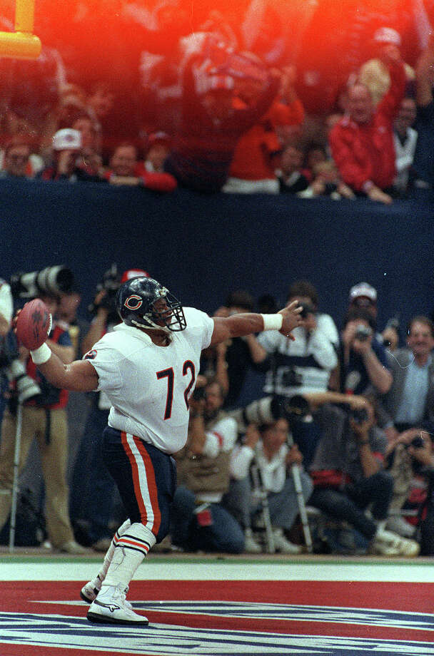 "William ""The Refrigerator"" Perry weighed 382 pounds when he played in Super Bowl XX with the Chicago Bears. Researchers are now finding that super-size athletes are at greater risk of suffering health problems later in life. Photo: AMY SANCETTA, STF / 1986 AP"