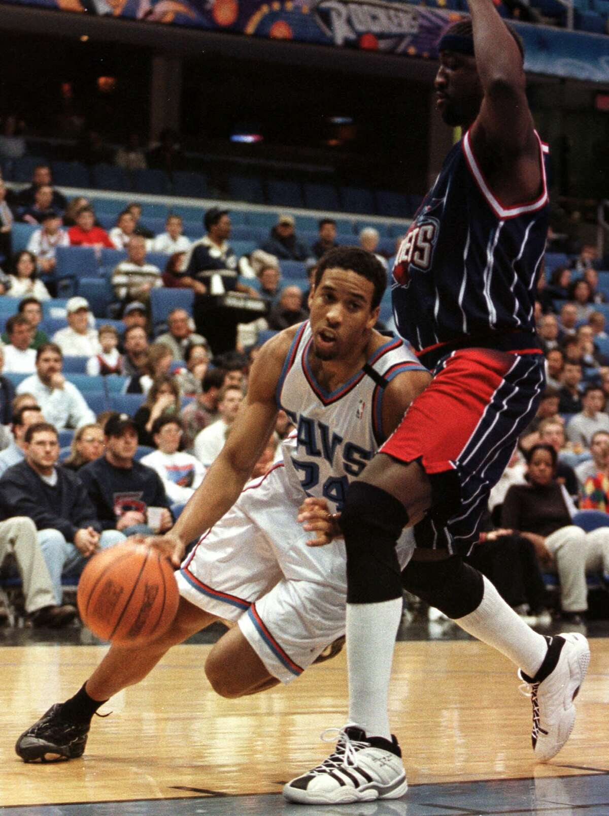 11. He led the league in assists over a decade ago Miller led the NBA in total assists (882) and assists per game (10.9) during the 2001-02 season. He has finished in the top 10 in assists per game eight times in his career, and he is the league's active leader in total dimes (8,495).