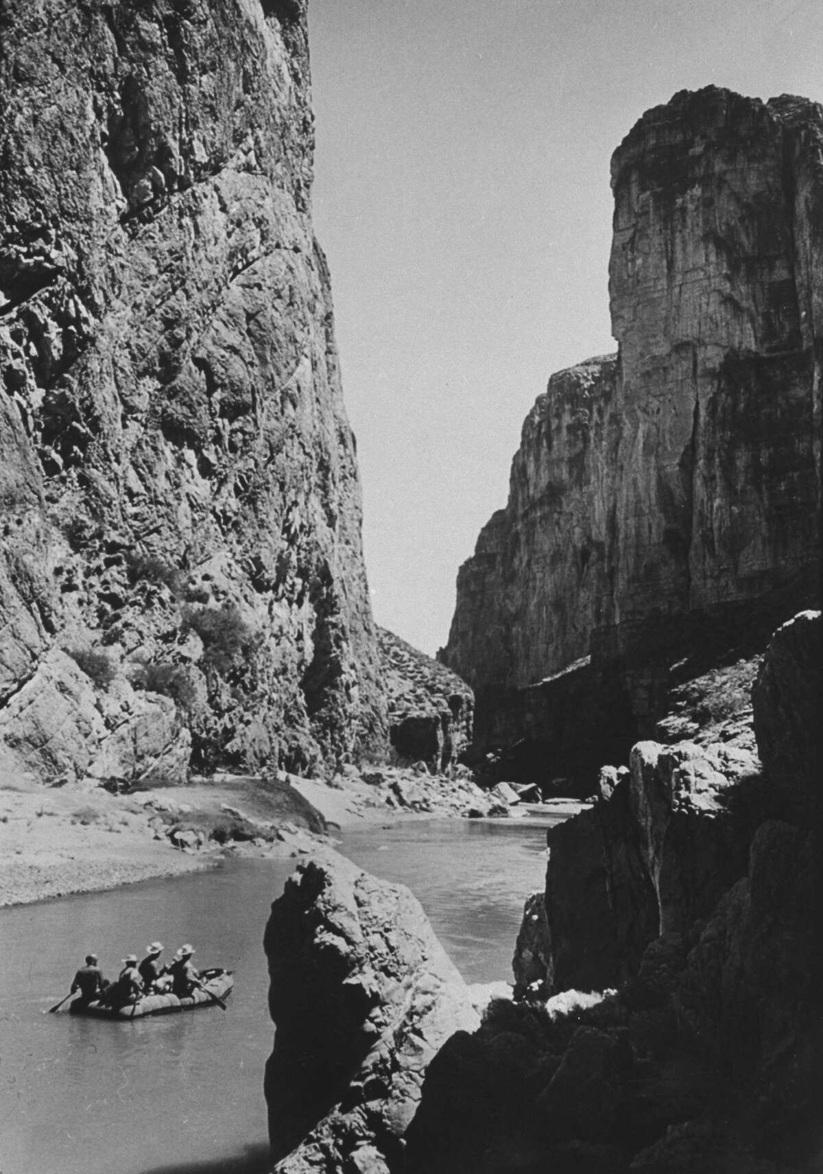 Excursionists paddle down Rio Grande River in Big Bend National Park.