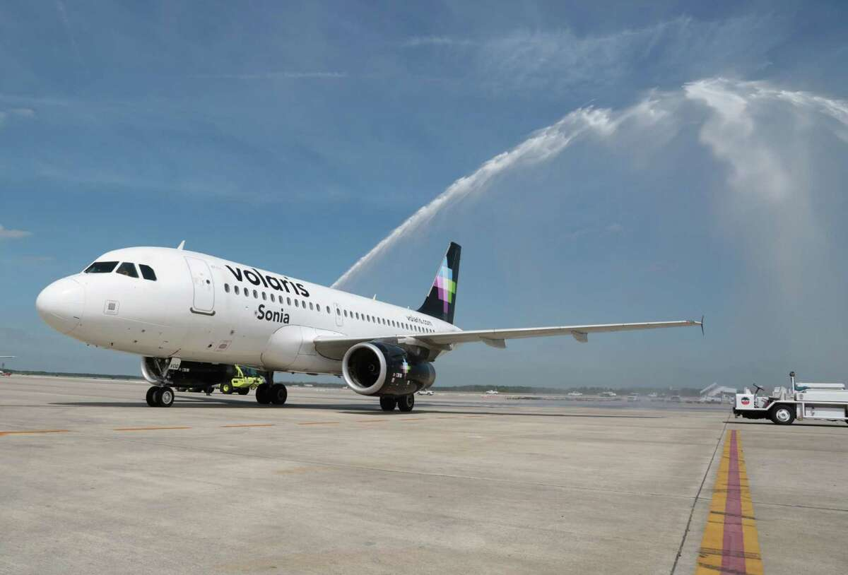 Volaris celebrated its 2015 arrival at Bush Intercontinental Airport with a water cannon salute.