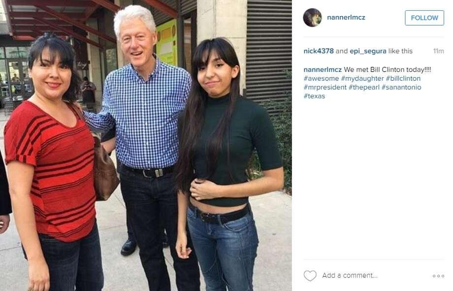 """""""We met Bill Clinton today,"""" @nannerlmcz. Photo: Instagram/nannerlmcz"""