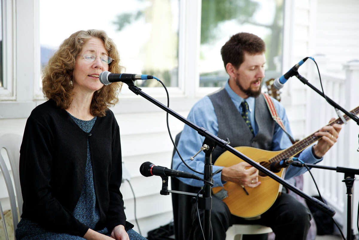 Sean and Deirdre Murtha will help celebrate St. Patrick's Day at the Innis Arden Cottage at Greenwich Point with an hour of traditional Irish folk music and dance from 1 to 2 p.m. March 12. Free and open to the public, all ages welcome.