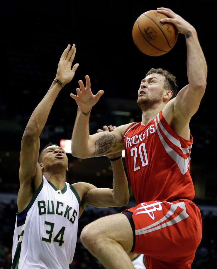 Donatas Motiejunas Earns Start To Give Rockets Early Life