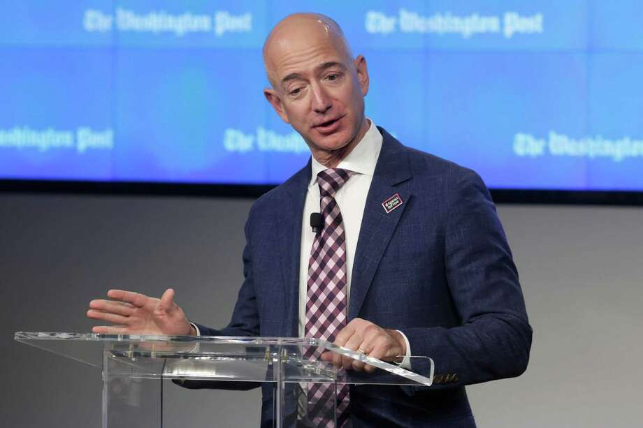 Amazon is trying out the 30-hour work week through a new pilot program with technical teams made up of part-time workers.  Photo: Chip Somodevilla, Getty Images / 2016 Getty Images
