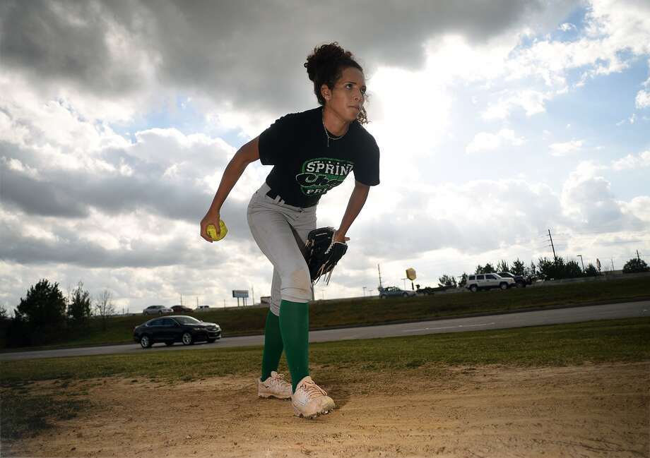 Spring sophomore pitcher Kaelyn Roberts works on a drill during practice earlier this week. Photo: Jerry Baker, Freelance