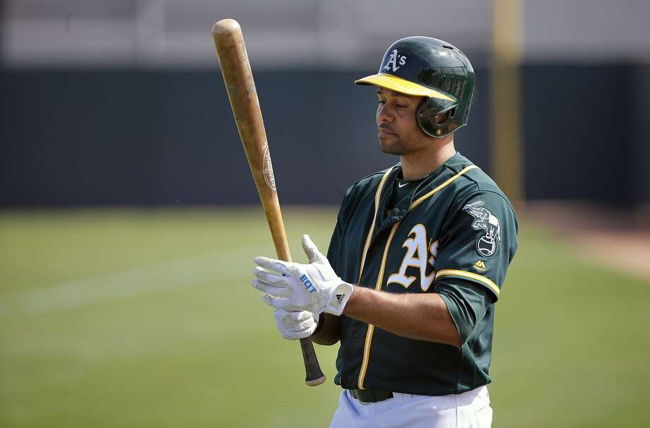 Coco Crisp gets ready to bat during an intra-squad game at the Oakland Athletics spring training workouts on Monday, Feb. 29, 2016, in Mesa, Ariz. Photo: Michael Macor, The Chronicle