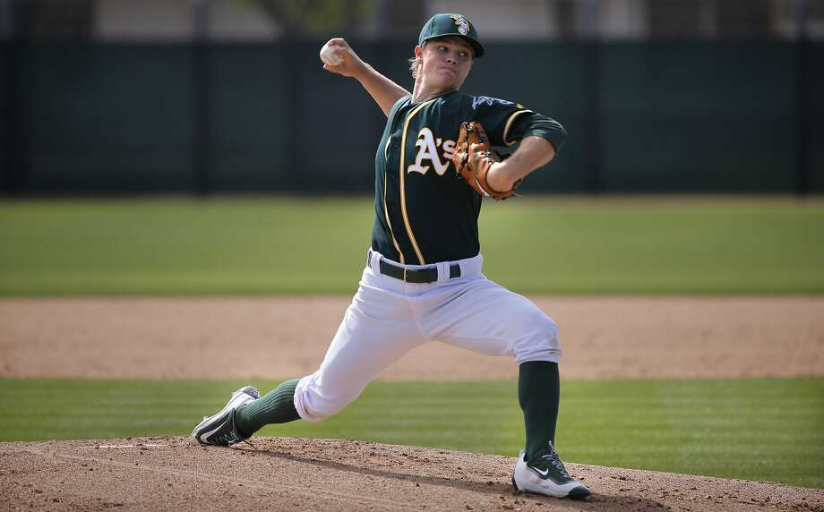 Sonny Gray 54 throws during the Oakland Athletics spring training workouts on Monday February 29, 2016, in Mesa, Arizona. Photo: Michael Macor, The Chronicle