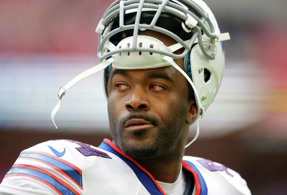 FILE - In this Oct. 25, 2015, file photo, Buffalo Bills defensive end Mario Williams stands on the field during the warm-up before an NFL game against the Jacksonville Jaguars at Wembley Stadium in Londo. The Bills released the high-priced defensive end on Tuesday, March 1, 2016. (AP Photo/Matt Dunham, File) ORG XMIT: NY180 Photo: Matt Dunham / AP