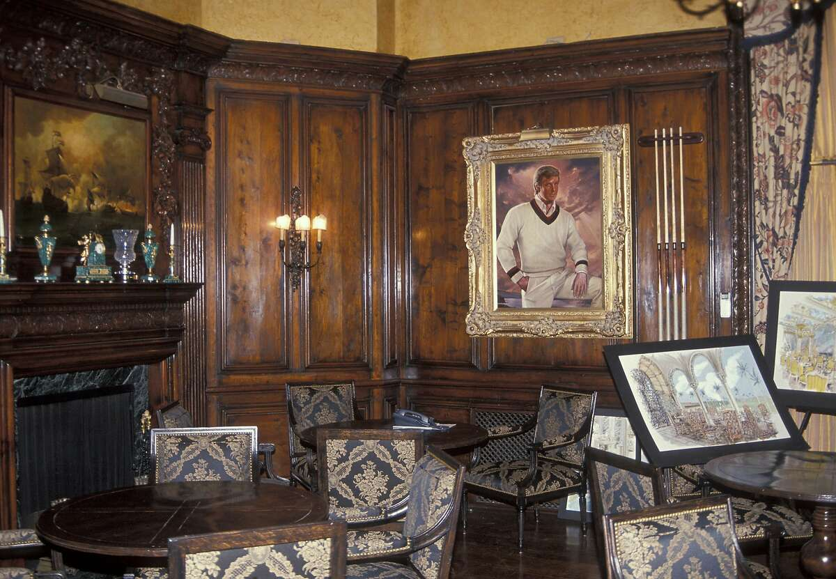 Yes, this is a real painting. Click through the images to see more of Donald Trump's Mar-A-Lago Estate.