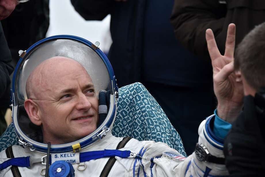 After 340 consecutive days in space, Scott Kelly's journey comes to an end.Here's what you need to know. Photo: Kirill Kudryavtsev, AFP/Getty Images