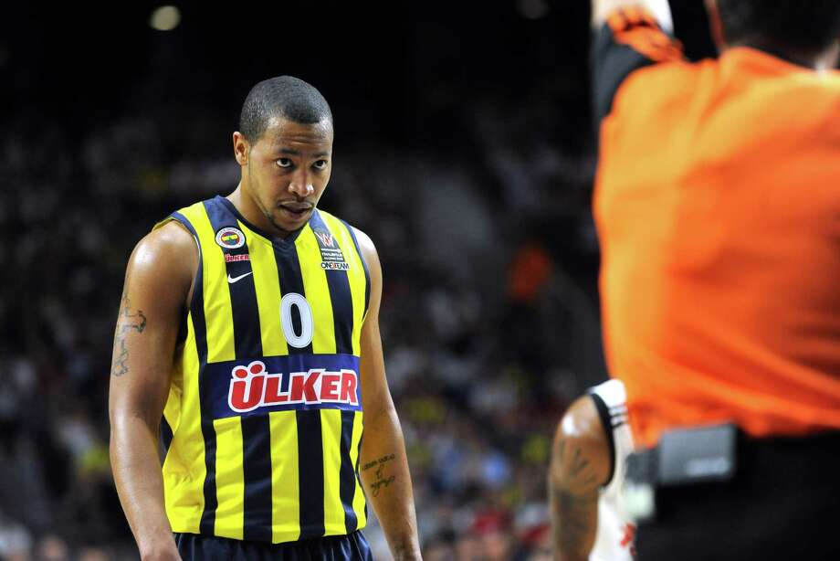 MADRID, SPAIN - MAY 15: Andrew Goudelock, #0 of Fenerbahce Ulker Istanbul reacts during the Turkish Airlines Euroleague Final Four Madrid 2015 Semifinal A game between Real Madrid v Fenerbahce Ulker Istanbul at Barclaycard Center on May 15, 2015 in Madrid, Spain. Photo: Luca Sgamellotti, Getty Images / 2015 Euroleague Basketball
