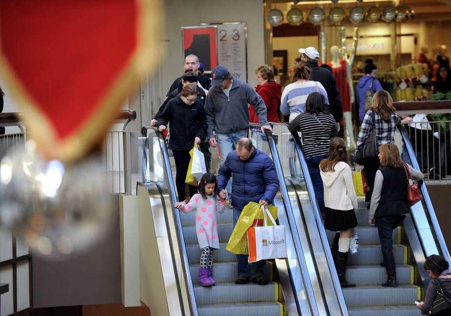 The Danbury Fair mall in December 2014. Photo: Carol Kaliff / Carol Kaliff / The News-Times