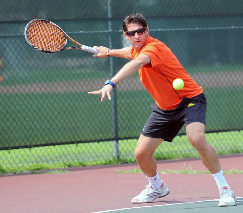 platform tennis national championship swings into fairfield county greenwichtime. Black Bedroom Furniture Sets. Home Design Ideas